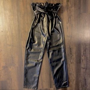 Lack leather paper bag waisted pants